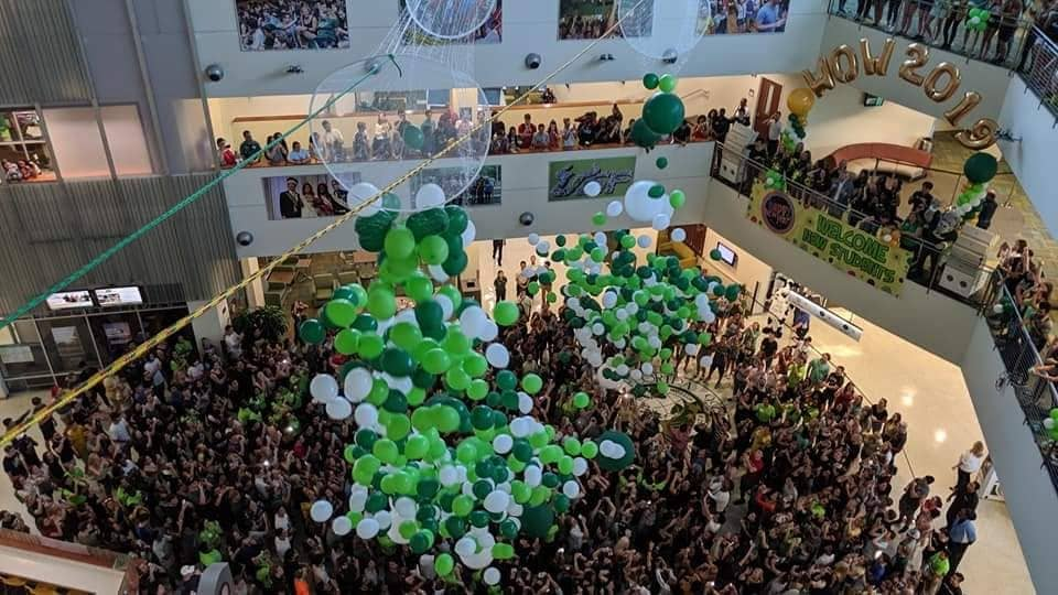 st patty day balloons